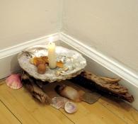 Amy Finkbeiner  Seashells, died petals, acorns, driftwood, stones, quartz