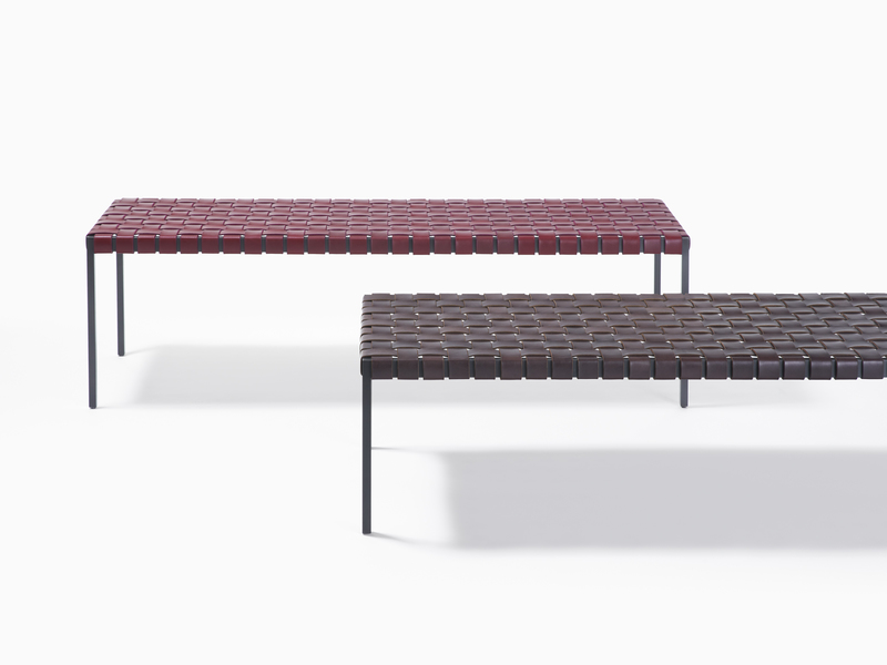 Bench Classic Bench - Black Steel - Red and Dark Brown Leather