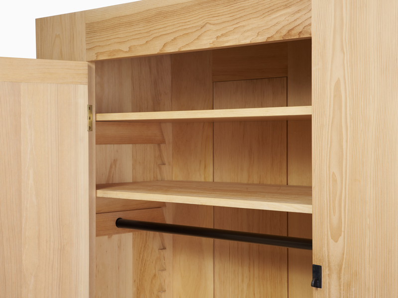 Armoire Pioneer Armoire - Pine with Black Steel Hardware