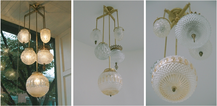 BRILLIANT 5 GLOBE FIXTURE (NATURAL BRASS FINISH), 2010<br/>